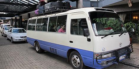kenya-nairobi-minibus-1.jpg