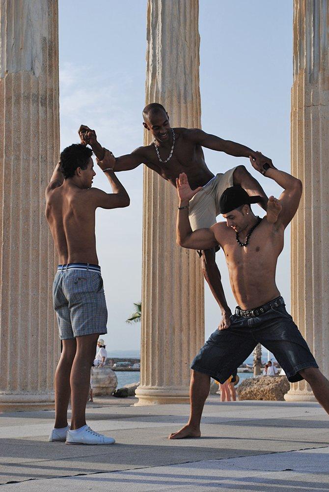 kozalite-dans-grubu,-004.jpg