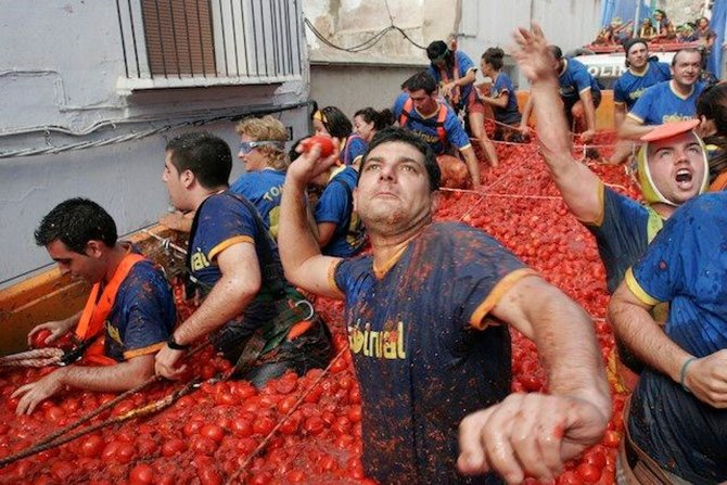 la-tomatina-festivali-006.jpg