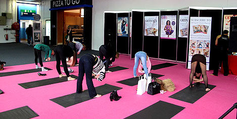 londra-fuar-yoga1.20130511181227.jpg