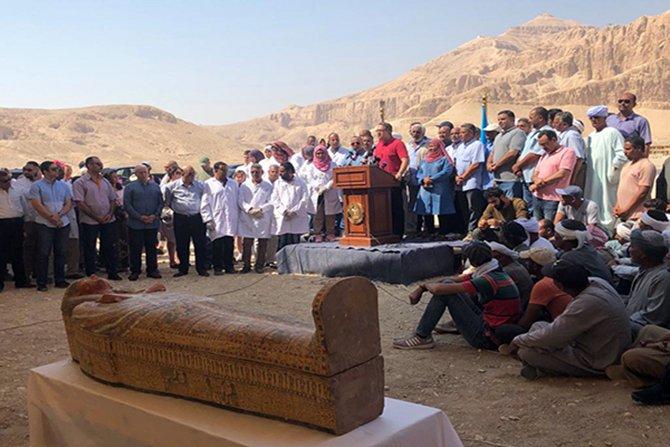 luksor'da-20-eski-tabut--002.jpg