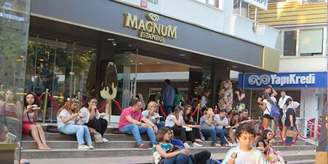 magnum4.jpg