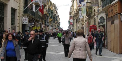 malta-valetta-cadde1.jpg