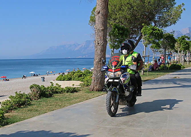 motosikletli-ambulanslar--003.jpg
