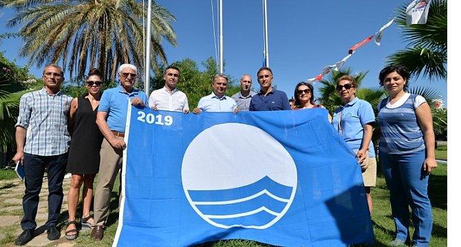 muratpasa'nin-plajlarinda-mavi-bayrak.jpg