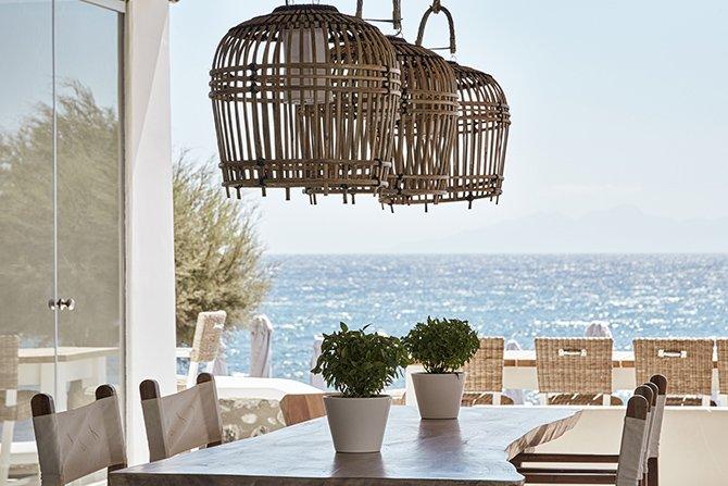 nikki-beach-resort--spa-santorini-004.jpg