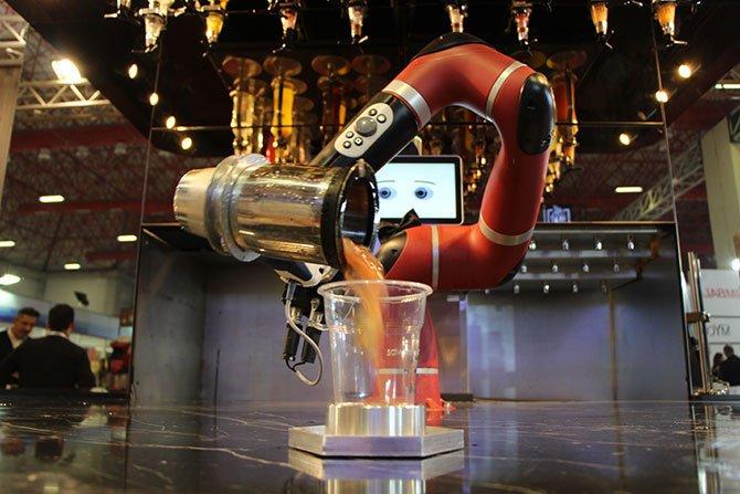 robot-barmen--002.jpg