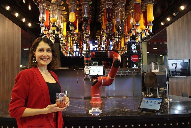 robot-barmen-.jpg