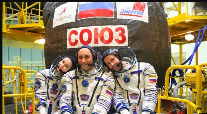 rus-kozmonotlar.png