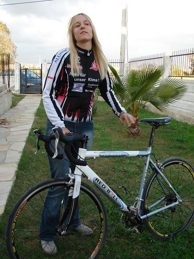 sampiyon-bisikletcinin-olum-003.jpg