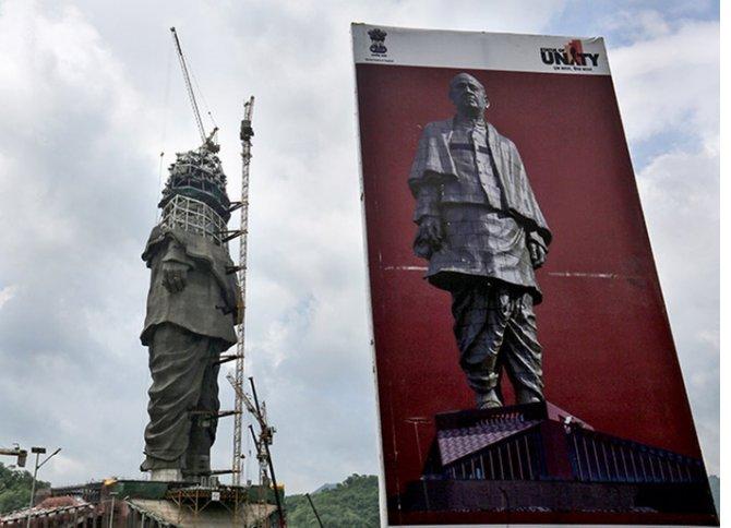 sardar-patel-birlik-heykeli-ve-shivaji-aniti,--002.jpg