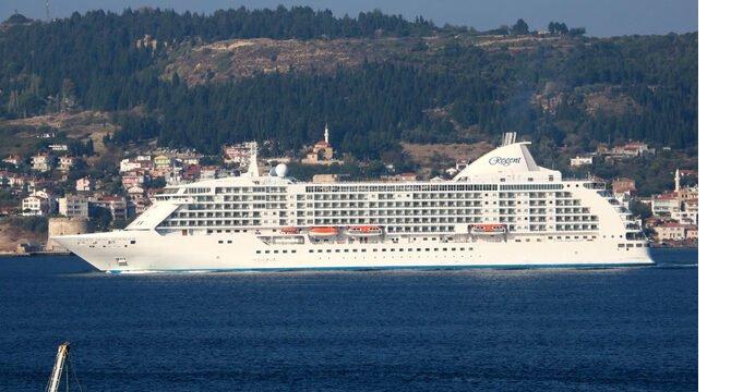 seven-seas-voyager-005.jpg
