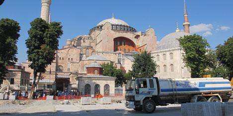 sultanahmet-kazi-2.jpg