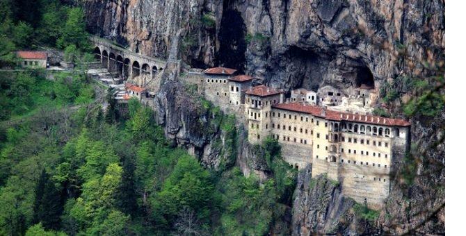 sumela-manastiri-001.jpg