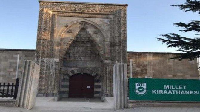 tarihi-hatuniye-medresesi-.jpg
