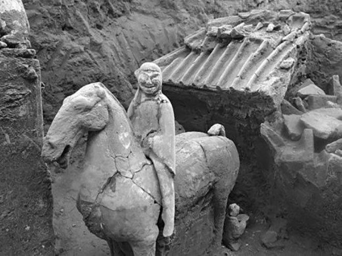 terracotta-ordusu-002.jpg