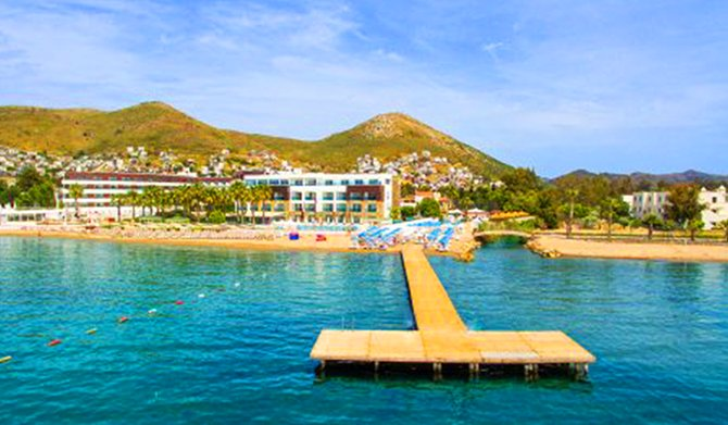 tiana-beach-resort--004.png