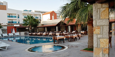 tiana-beach-resort-sedat13.jpg