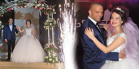 titanic-wedding1.jpg