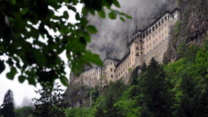 trabzonda-sumela-manastiri.jpg