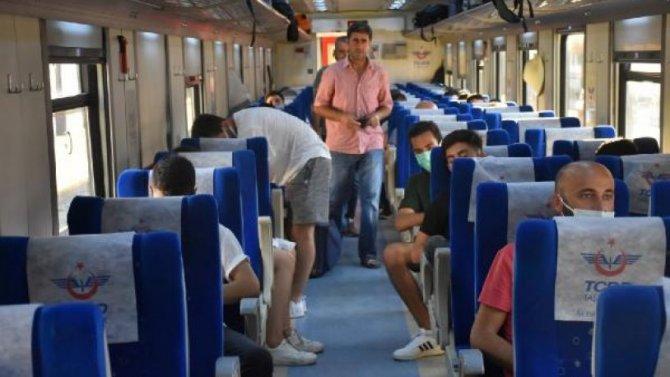 tren-yolcu.jpg
