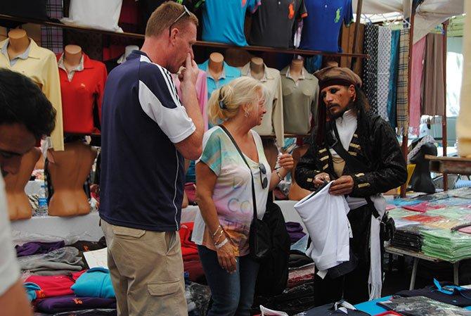 turistler-gidiyor,pazarci-esnafi-001.jpg
