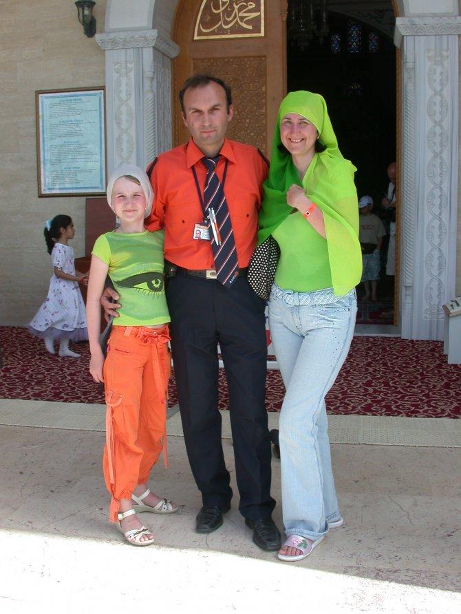 turistlerin-cami-ziyaretleri--007.JPG