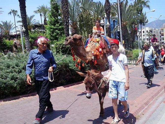 turistlerin-deve-turu-001.jpg
