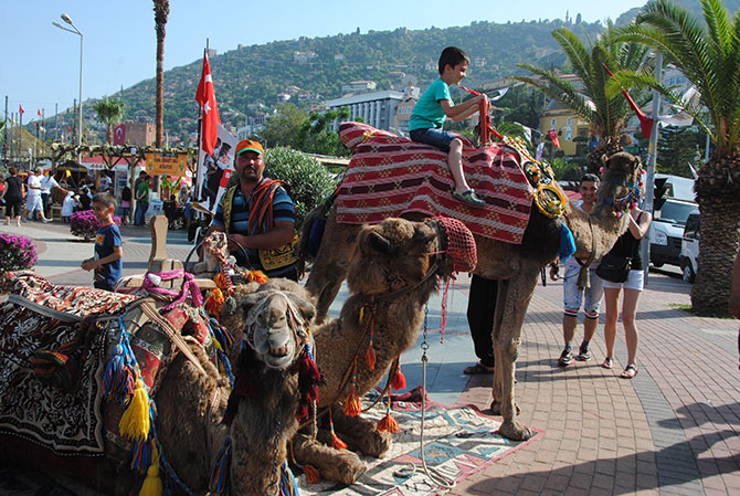 turistlerin-deve-turu-003.jpg