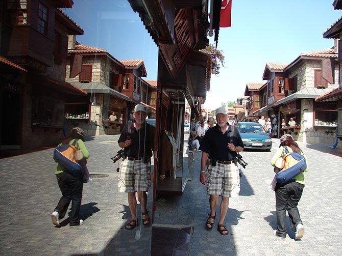 turizmde-yeniden-kapanma52-is-kolunu-iflasa-surekler-002.JPG