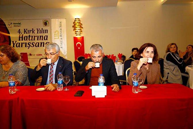 turk-kahvesi-pisirme-yarisi-002.jpg