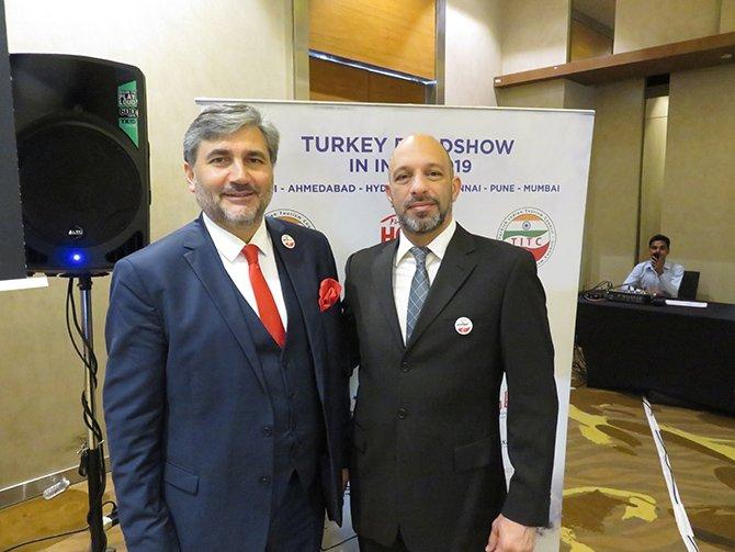 turk-turizmciler-ahmetabad-004.JPG