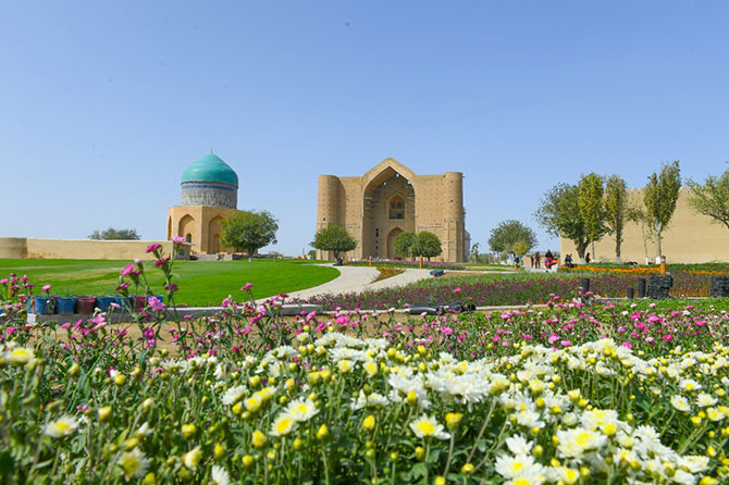 turkistan.jpg