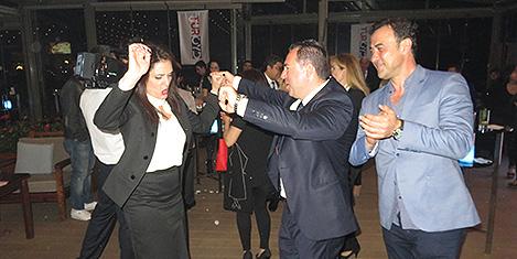 turoydcvkdans4.jpg