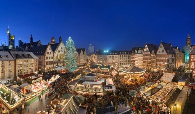 weihnachtsmarkt_copyright-visitfrankfurt_holger-ullmann_front_magnific.jpg