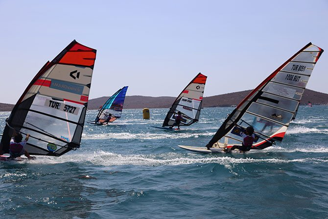 windsurf-alacati-sampiyonasi.jpg