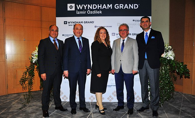 wyndham-grand-izmir-ozdilek-001.JPG