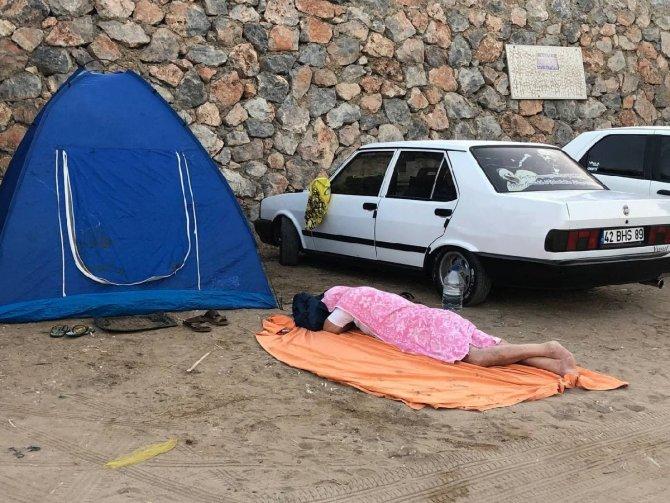 yerlerde-uyudular-002.jpg