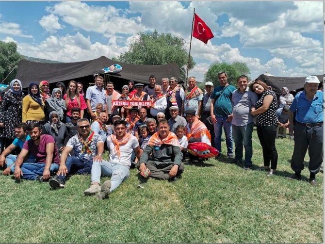 yoruk-turkmen-meclisi-001.png