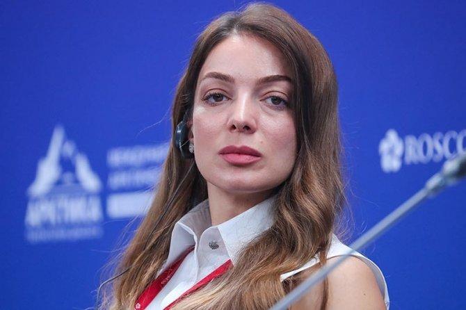 zarina-doguzova,-001.jpg